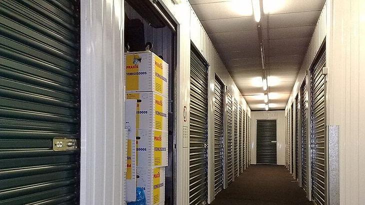 magazzini custodia mobili milano